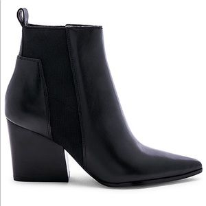 Kendall & Kylie Finch bootie size 7.5 leather